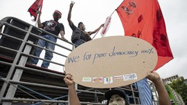 Polisi Thailand Bidik 16 Aktivis Terkait Demo Anti-Pemerintah