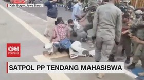 VIDEO: Satpol PP Tendang Mahasiswa
