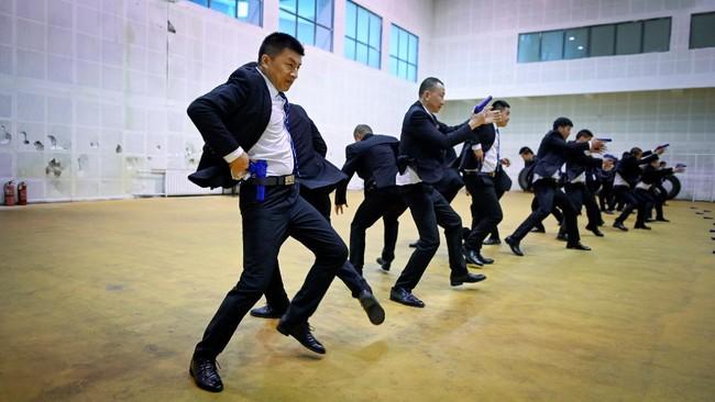 Genghis Security Academy menjadi satu-satunya 'sekolah' di China yang melahirkan para bodyguard kelas kakap.