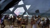 Penetapan lockdown untuk yang kedua kalinya di Israel ini dinilai tidak masuk akal dan dapat menimbulkan tekanan bagi masyarakat.