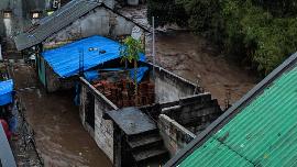 12 Rumah Hanyut dan 85 Terendam dalam Banjir di Sukabumi