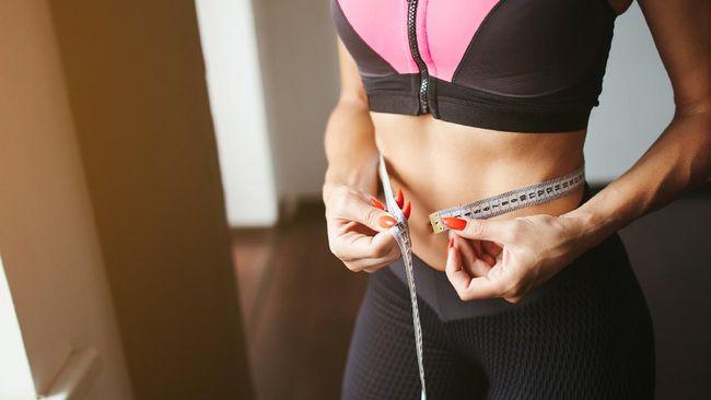 Berikut rekomendasi olahraga yang mengecilkan perut agar lebih rata, kencang, dan sehat.
