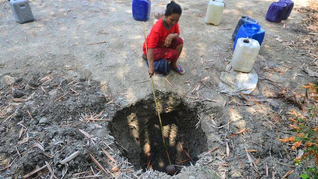 Menteri Keuangan Sri Mulyani mengungkapkan akses dan kualitas sanitasi dan air bersih yang masih minim merupakan salah satu beban bagi ibu-ibu rumah tangga.