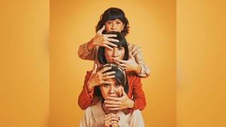 Lagu Lama, Buah Kebosanan Trio FLEUR! pada Debat Pilkada
