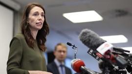 PM Selandia Baru Minta Maaf Lepas Masker saat 'Selfie'