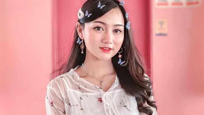 5 Warna Lipstick Ini Natural Banget, Cocok Untuk Remaja!