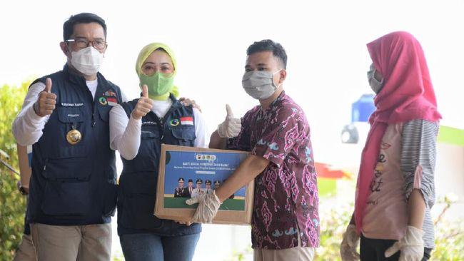 Gubernur Ridwan Kamil bersama Forkopimda Jabar menggelar kunjungan kerja sekaligus baksos ke Cimajakuning, Minggu (20/9).