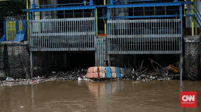 洪水警報<1>ジャカルタ警報の3つの水門