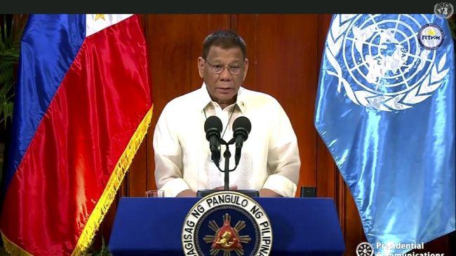 Presiden Filipina Rodrigo Duterte mengaku siap mengerahkan kapal perang ke Laut China Selatan demi klaim atas sumber daya minyak dan mineral.