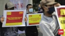 FOTO: 'Teriakan' Derita Petani Indonesia di Depan Istana