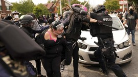 Polisi Tangkap 2 Jurnalis saat Demo Penembakan Breonna Taylor