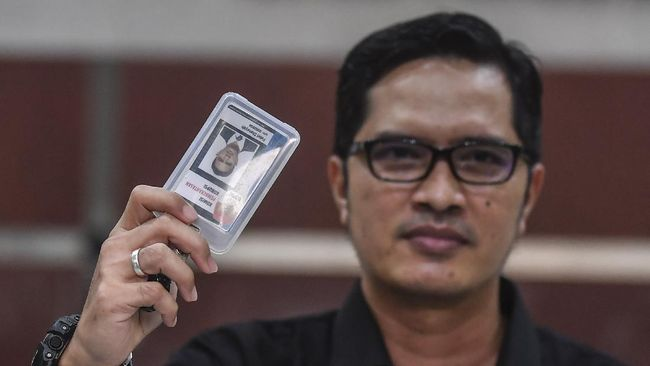 Pimpinan KPK Nurul Ghufron mengaku lembaganya telah kehilangan Febri Diansyah yang memutuskan untuk mengundurkan diri dari komisi antirasuah tersebut.