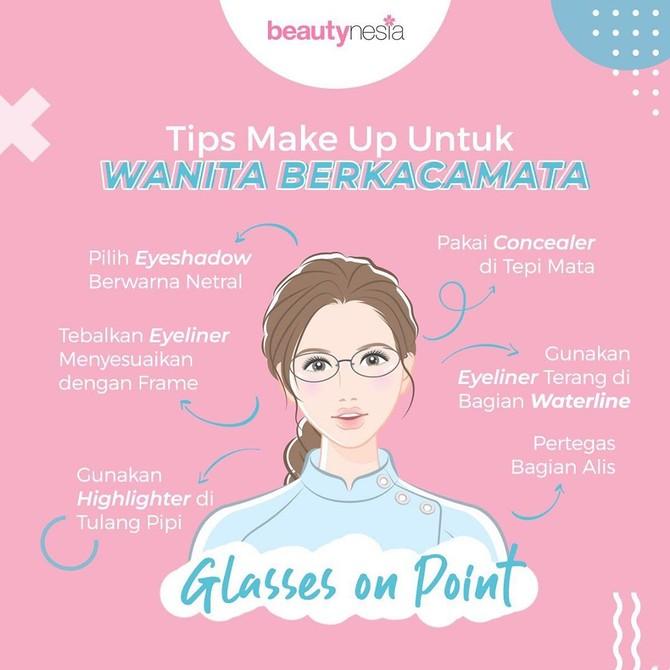 Infografis - Tips Makeup untuk Pemakai Kacamata