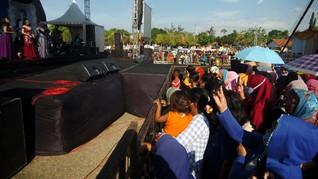 Hajatan Dangdut Pimpinan DPRD Tegal Berujung Kapolsek Dicopot