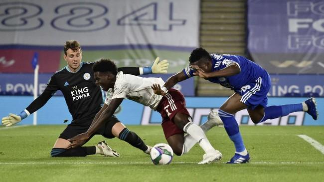 Arsenal lolos ke babak 32 besar Piala Liga usai mengalahkan Leicester City dan berpeluang menghadapi Liverpool.