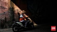 FOTO: Kolong Dipo KRL Depok yang Tampak Suram Kembali
