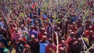 FOTO: Suku Maasai Gelar Upacara Tradisi di Tengah Pandemi