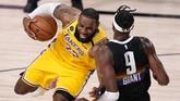 Los Angeles Lakers bangkit di final wilayah barat NBA dengan mengalahkan Denver Nuggets di game keempat berkat LeBron James dan Anthony Davis.