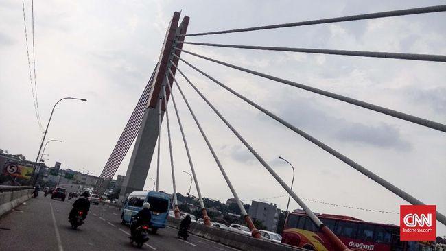 Forkopimda Bandung bakal menggelar rapat esok, merespons status Kota Bandung kembali jadi zona merah. Rapat juga membahas kebijakan terkait libur tahun baru.