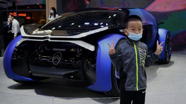 Antusiasme pengunjung tetap tinggi meski pameran tidak banyak memamerkan mobil keluaran perusahaan mancanegara.