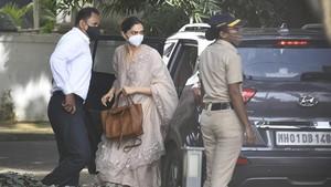 Deepika Padukone Diperiksa Soal Kematian Sushant Singh Rajput
