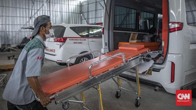 Semakin meningkatnya jumlah penambahan kasus positif covid-19 per hari berdampak pada meningkatnya pemenuhan alat kesehatan termasuk ambulans.