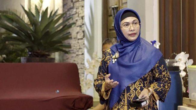 Timses tanggapi tingkat elektabilitas putri Ma'aruf Amin yang jadi terendah di antara kandidat lain di Pilkada Tangerang Selatan.