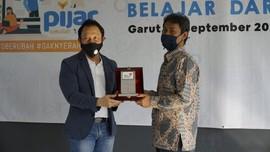 Direktur EBIS Telkom Tinjau Implementasi Pijar di Garut