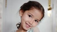 <p>Berpose dengan kostume princess seperti ini, Seraphina imut dan cantik banget ya, Bunda. Bikin gemas! (Foto: Instagram @yaswildblood)</p>
