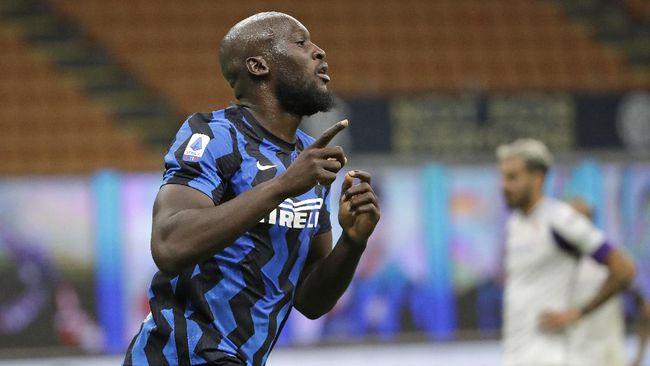 Antonio Conte mengungkap penyesalan dirinya di Chelsea, yaitu kegagalan membeli Virgil van Dijk dan Romelu Lukaku..