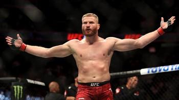Blachowicz Sesumbar Buat KO Adesanya di UFC 259
