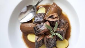 6 Makanan Paling 'Menantang' dari Seluruh Dunia