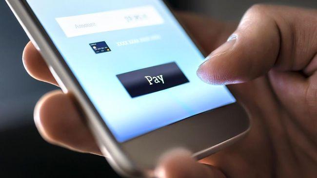 Meski gampang digunakan, m-banking dinilai rentan untuk dijebol dan cara pencegahannya patut diperhatikan oleh nasabah.