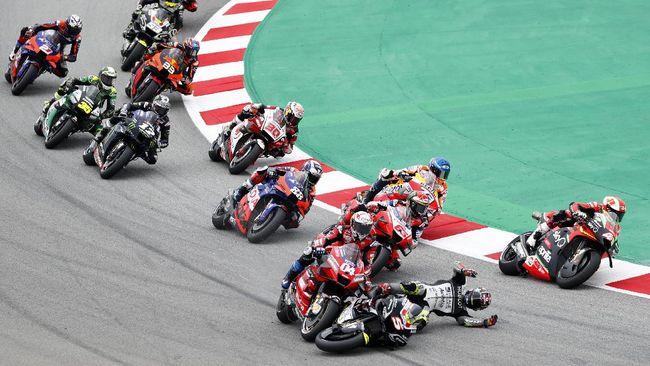 Fabio Quartararo menang MotoGP Catalunya 2020 dengan mengalahkan Joan Mir setelah Valentino Rossi kecelakaan dan gagal meraih podium.