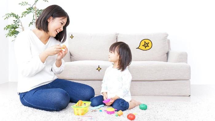 Para Orang Tua Baru, Ayo Ikuti Tips Parenting Berikut Ini!