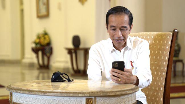 Berpidato di Peluncuran Laporan Tahunan Ombudsman RI Tahun 2020, Presiden Jokowi meminta masyarakat aktif menyampaikan kritik.