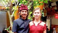 <p>Usai dinikahi pria Bali, bule cantik bernama Veronika kini menetap di Pulau Dewata. (Foto: Instagram @vero_bule)</p>