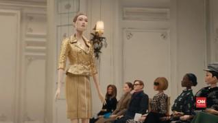 VIDEO: Pandemi, Moschino Gelar Fashion Show Pakai Marionette