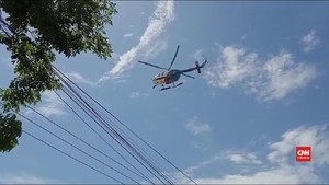 VIDEO: Polda Sultra Pakai Helikoper untuk Bubarkan Demo Massa