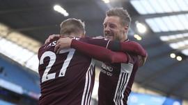 Hasil Liga Inggris: Leicester Cukur Man City, Vardy Hattrick