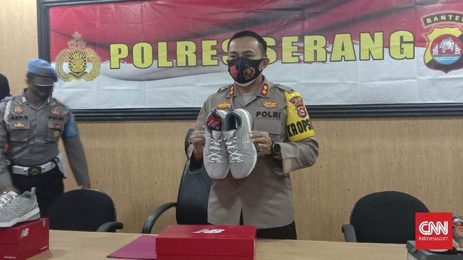 Lebih dari 2.000 sepatu New Balance untuk ekspor ke AS dibawa kabur sopir ekspedisi dan dijual di Pasar Kemis, Tangerang.