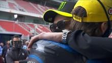 VIDEO: Momen Indah Rossi dan Marini di MotoGP Catalunya