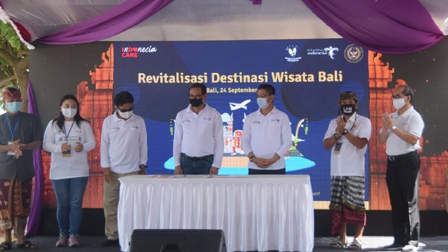 Kemenparekraf berupaya menyempurnakan fasilitas destinasi wisata di Bali melalui program revitalisasi untuk membangkitkan kembali sektor pariwisata.