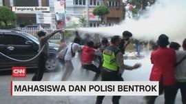 VIDEO: Mahasiswa dan Polisi Bentrok
