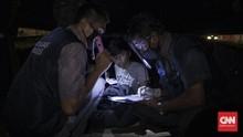 FOTO: Sensus Penduduk Tunawisma Saat Tengah Malam