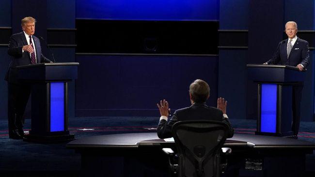 Moderator debat calon presiden Amerika Serikat, Chris Wallace berulang kali memperingatkan Donald Trump agar tak menginterupsi.