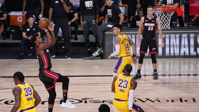 Los Angeles Lakers meraih kemenangan dominan atas Miami Heat pada game 1 final NBA 2020.