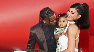 Kylie Jenner-Travis Scott Belum Resmi Rujuk Meski Makin Erat