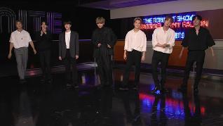 Gaya Monokrom 'Mewah' BTS di Tonight Show
