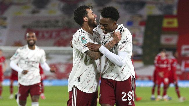 Liga Eropa menjadi ajang pembuktian skuad asuhan Mikel Arteta dengan menundukkan Molde 3-0, sementara Milan ditahan imbang di kandang Lille 1-1.